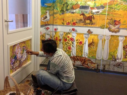 Vægmaleri til dements kunstner Xenia Michaelsen